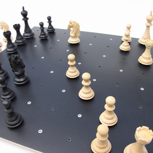 unique-chess-set-design