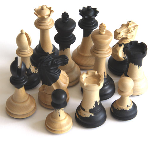 artistic-chess-pieces
