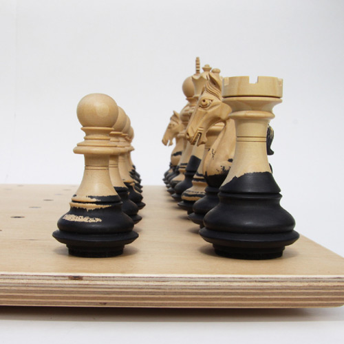 aesthetic-chess-set