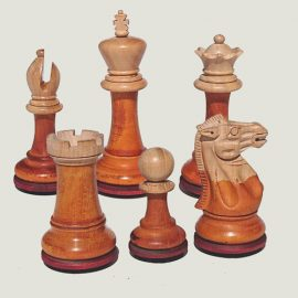 colored-chess-pieces
